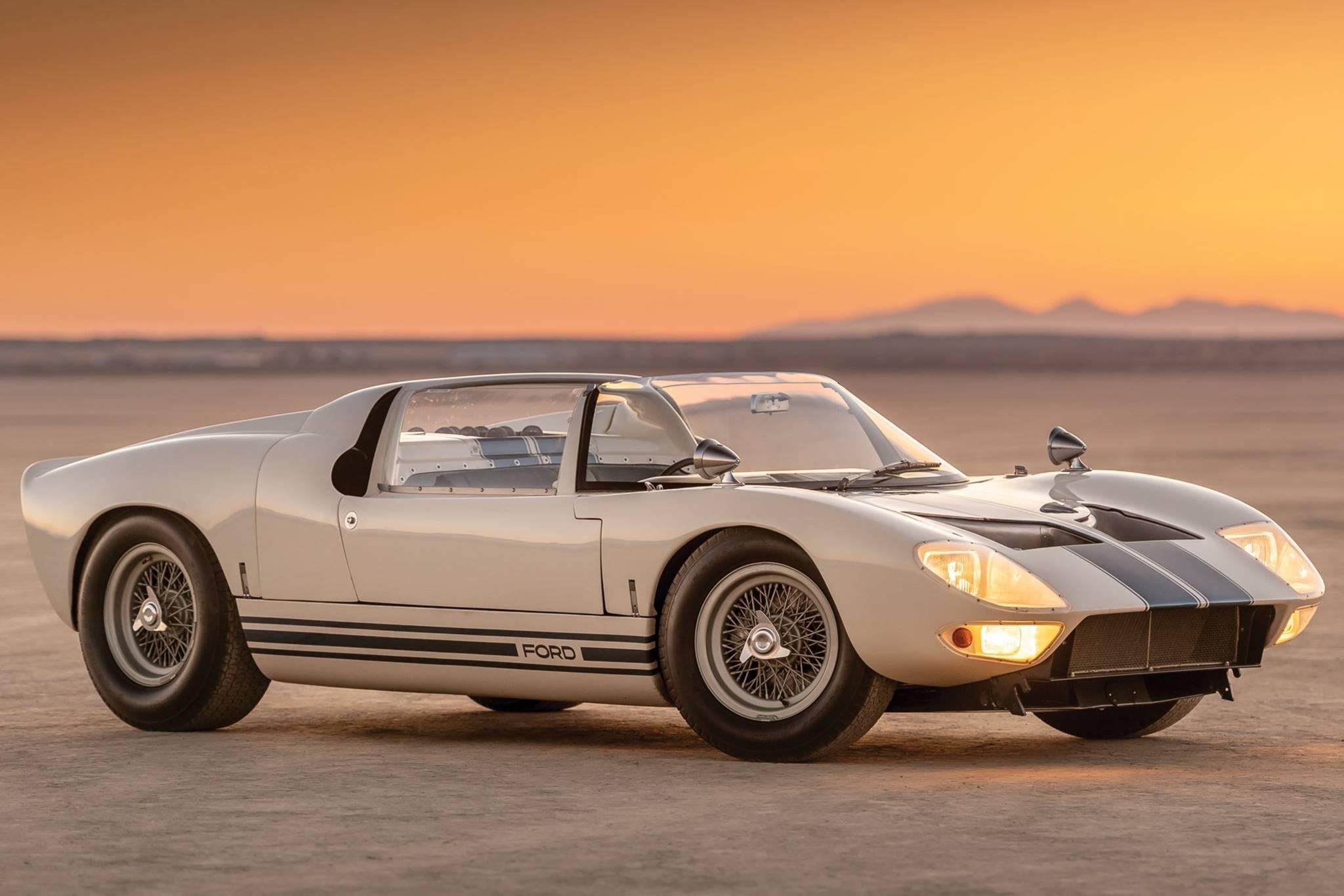 10 mẫu xe đắt tiền nhất được bán đấu giá tại Monterey Car Week 2019