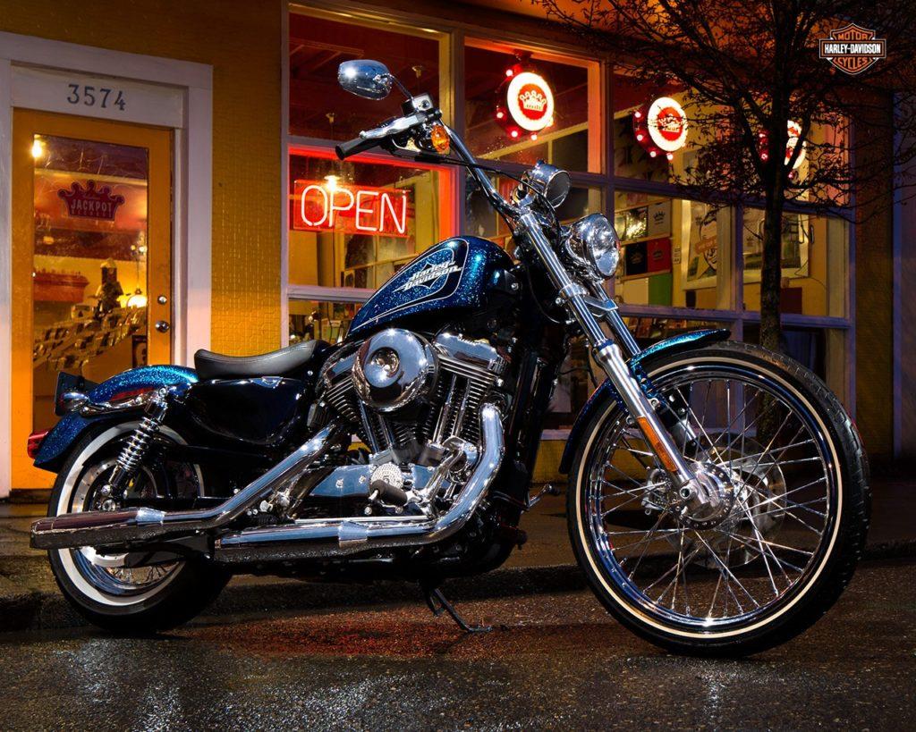 Harley-Davidson-2015-XL1200V-Seventy-Two-Sportster