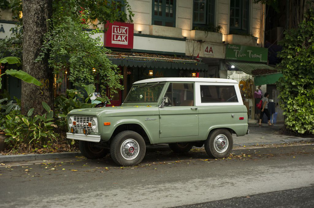 ford-bronco-1965-1977